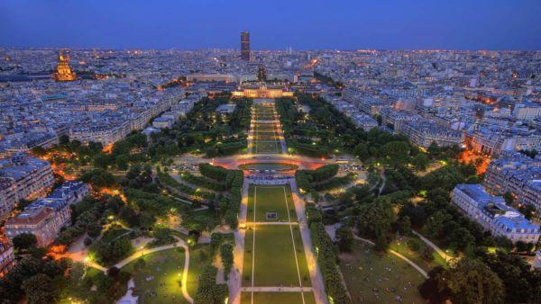 Путешествие по романтичному Парижу